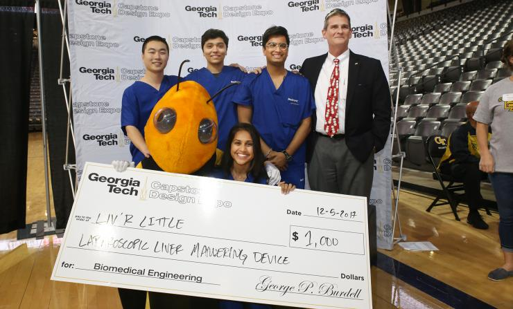Laparoscopic Liver Maneuvering Device Wins BME Category at Capstone Expo