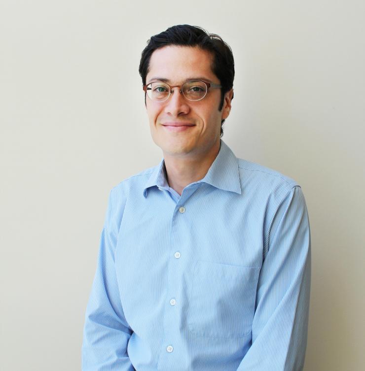 Francisco Robles Wins Prestigious NSF CAREER Award